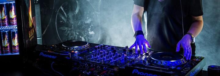 Architektka, ktorej alter ego je DJ-ing. Missberry bude súťažiť na BURN Residency na Ibize už tento mesiac