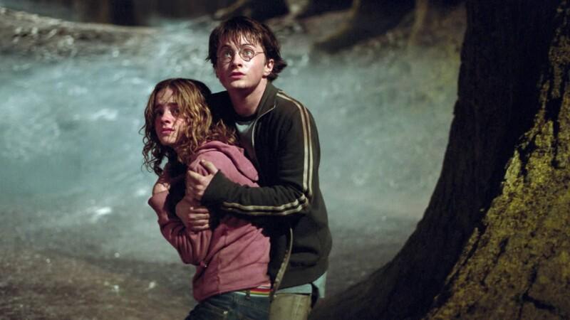 Akým zaklínadlom sa Harry dostal cez sochu jednookej čarodejnice do tajnej chodby smerujúcej do Rokvillu?