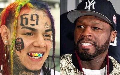 6ix9ine opäť trolluje 50 Centa. Odkazuje na starší vtip o tom, že je legendárny raper jeho otcom
