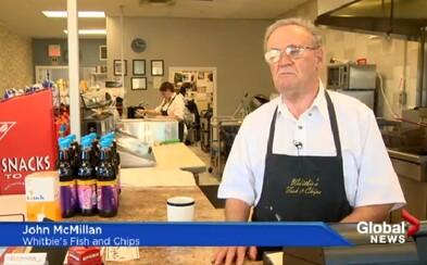 70-ročný majiteľ reštaurácie nemal peniaze už ani na vlastnú výplatu. Príspevok na Facebooku mu však zákazníkov vrátil