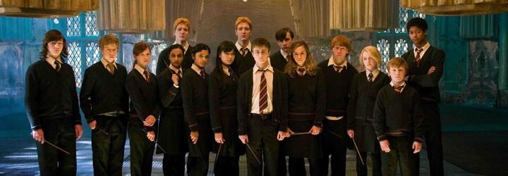 Harry Potter dostane ještě letos 2 nové knihy! Už v říjnu se fanoušci mohou těšit na detailnější pohled do jeho kouzelnického světa