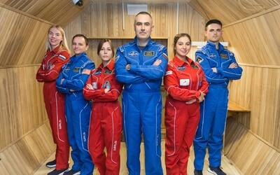 NASA hledá dobrovolníky. Nikam nepoletí, ale na 8 měsíců je zavřou v ruské laboratoři. Mají zažít simulované podmínky, jaké bude muset lidská psychika zvládnout při letu na Měsíc nebo Mars.