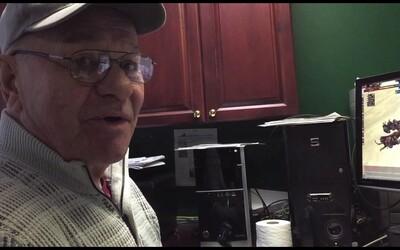 74 letý dědeček hraje svou oblíbenou počítačovou hru od roku 1999. Naneštěstí, na konci ledna se její servery nadobro vypnou
