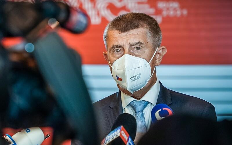 Policie doručila doplněný spis v kauze Čapí hnízdo státnímu zastupitelství. Obsahuje návrh na podání obžaloby.