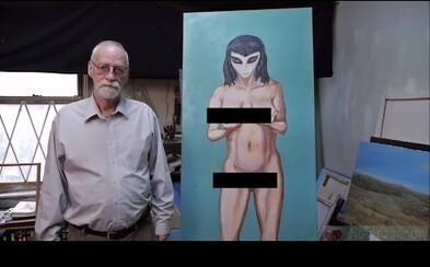 74-ročný starček tvrdí, že o panictvo prišiel s krásnou mimozemšťankou. Splodil už stovky detí a bytosti z vesmíru ho vyhľadávali od detstva