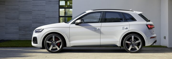 Omladené Audi SQ5 naďalej vsádza na 3-litrové TDI, po novom však s elektrickým turbom a 341 koňmi