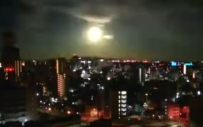 """VIDEO: Japonsko ožiarila """"ohnivá guľa"""". O čo išlo?"""