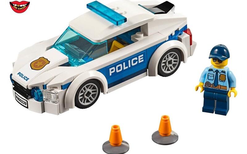 LEGO přestalo propagovat své sety s policisty. Chce tak vyjádřit podporu demonstrantům v USA.