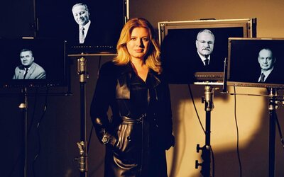 Slovenská prezidentka podporuje domácí módní tvorbu. Tentokrát na záběru s bývalými prezidenty v černém koženém kabátě.