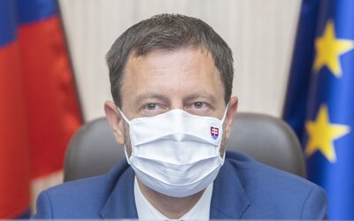8 000 000 000 € – toľko už stál Slovensko boj s koronavírusom. Čakajú nás nepopulárne zmeny, tvrdí premiér Heger