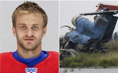 8 let od největší tragédie v českém sportu. Pří pádu letadla zahynuli 3 čeští hokejisté, navzdory slibu se dnes hrály 4 zápasy