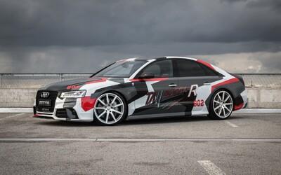 802-koňová V8-čka zabalená do výraznej kamufláže. To je vyšperkovné Audi S8 od MTM