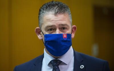 Minister vnútra Mikulec: Takto sa bude kontrolovať povinná karanténa.