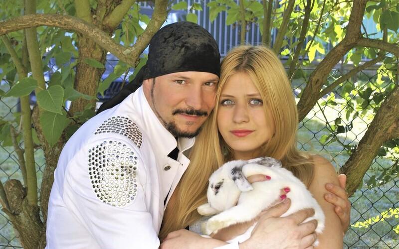 Bohuš Matuš čeká se svou 17letou přítelkyní miminko.