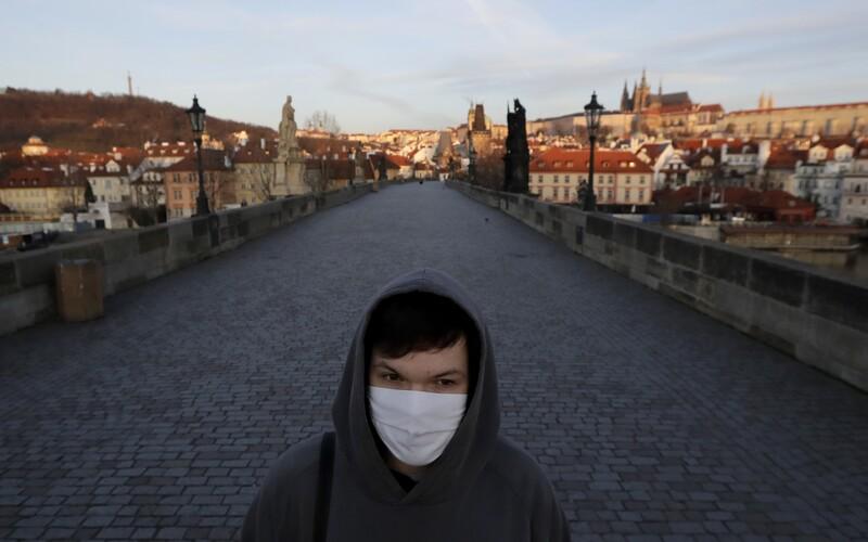 Českou republiku ze seznamu bezpečných zemí v rámci pandemie koronaviru vyřadilo už i Lotyšsko a Estonsko.