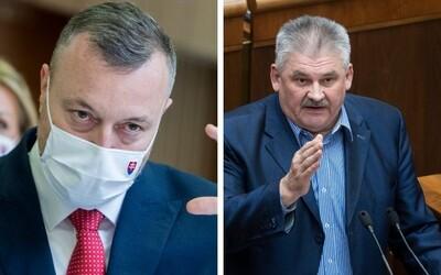 """Sme rodina sa chce o kolúznej väzbe dohodnúť, Milan Krajniak odmieta """"hnusnú neoliberálnu politiku"""" pri zvyšovaní deficitu."""