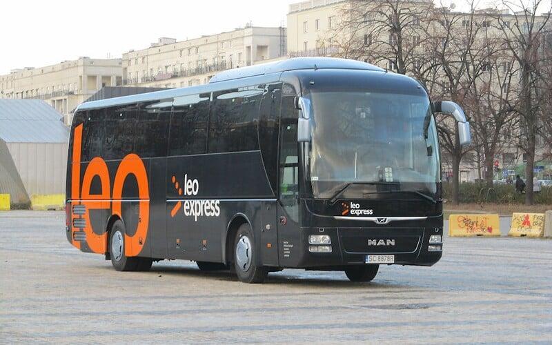 Leo Express vrací úder RegioJetu. Do Chorvatska vypravuje autobusy přes jižní Čechy, k Jadranu jede i FlixBus.