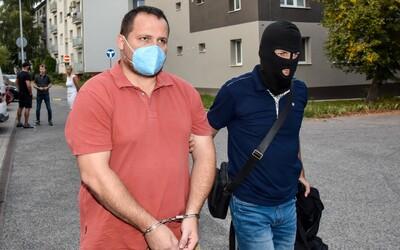 Vyšetrovatelia NAKA, ktorí idú po krku vysokopostaveným politikom a oligarchom, pôjdu do väzby, rozhodol súd