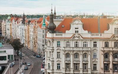 Přehled: Ceny bytů a domů v Česku raketově narůstají. V některých městech meziročně zdražily byty i o 34 %.