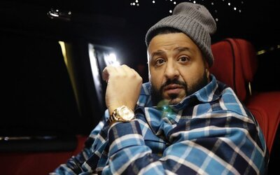DJ Khaled věnoval americkým zdravotníkům přes 10 000 roušek a další zdravotnické vybavení.