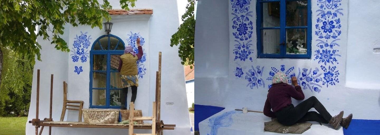 90letá česká babička tráví dny malováním úchvatných ornamentů. Vyzdobit místní kapličku zvládla jen pomocí jednoduchého štětce
