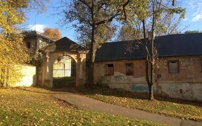 Usedlost Cibulka koupili manželé Vlčkovi. Hodlají v ní vybudovat hospic pro děti.