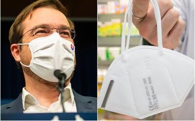 Obyčajné rúško už nemusí stačiť na britskú mutáciu koronavírusu, tvrdí Krajčí.