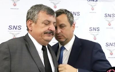 Hrnko naložil Dankovi: To je ale hlupák, musel si podľa neho myslieť maďarský minister, keď Danka z SNS odprevádzal domov.