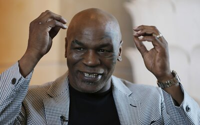 Mike Tyson skončil s veganstvím. Borůvky jsou jako jed, jím pouze losa a bizona, říká.