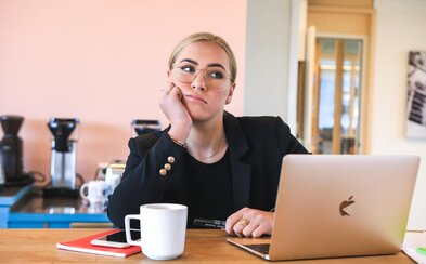 Ako bude vyzerať nový normál v práci po pandémii: nie každý sa vráti do kancelárie, peniaze ako jediný motivátor už nebudú stačiť