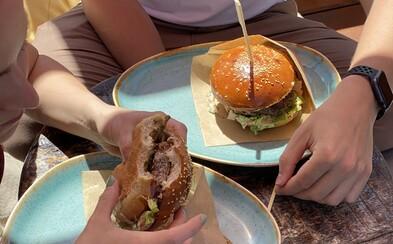 Regal Burger spojil svetové chute a predstavuje svoj najbláznivejší burger