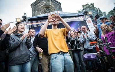 United Islands of Prague jsou tady! Těš se na 35 koncertů na 5 stageích, přednášky, diskuze i sportování