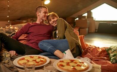 Urobte si romantický večer a inšpirujte sa týmito kombináciami pizze a vína