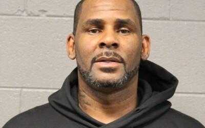 R. Kellyho údajne presunuli pod špeciálny dozor, aby vo väzení nespáchal samovraždu.
