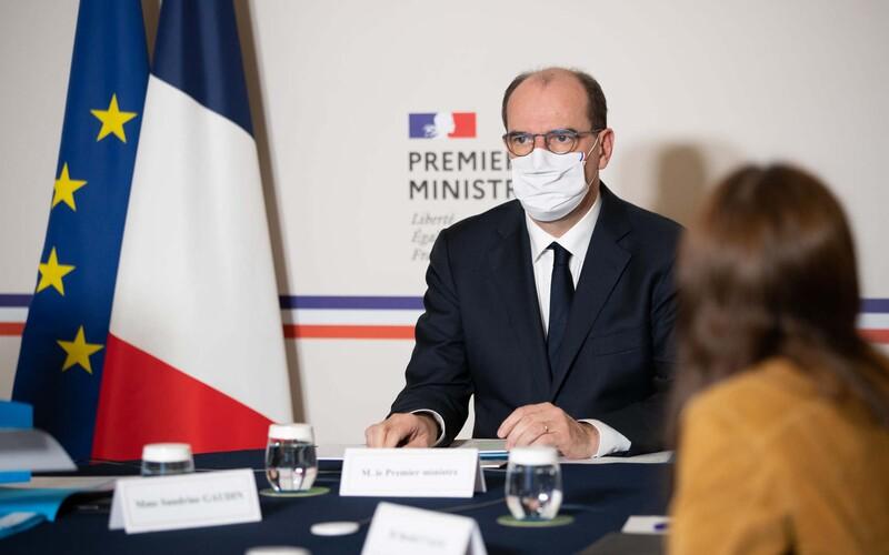 Zákaz vycházení ve Francii: V celé zemi bude platit už od 18. hodiny.