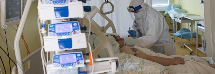 KORONAVIRUS: Za poslední týden zemřelo v Česku kvůli koronaviru 23 lidí