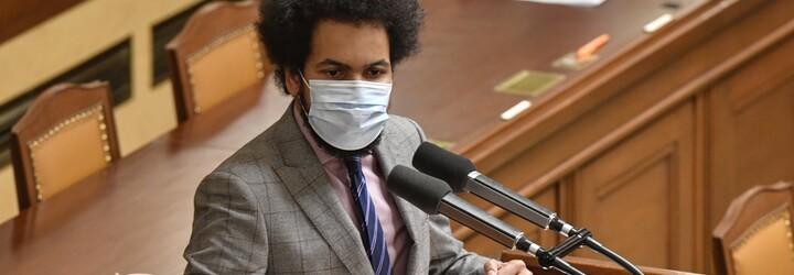 Kauza Dominik Feri má nového vyšetřovatele i žalobce. Policie nyní zjišťuje, co se dělo ve Feriho bytě
