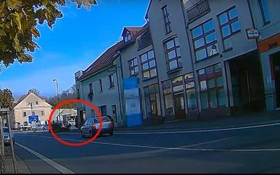 VIDEO: Pes na Rychnovsku zaútočil na 11letého chlapce. Ten skončil v nemocnici.