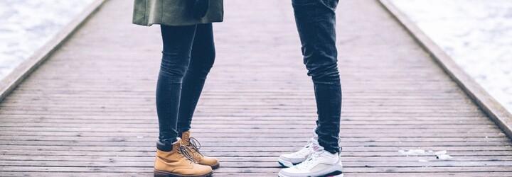 Sex s ex, stalkování nebo prosby: 8 věcí, kterými si po rozchodu projde skoro každý
