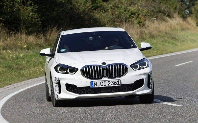 BMW překvapuje. Na trh přináší sportovní verzi 128ti s předním pohonem a 265 koňmi.