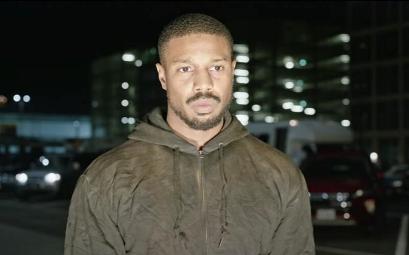 Michael B. Jordan je akční hrdina od Toma Clancyho, který zabíjí teroristy a vyšetřuje vraždu své ženy.