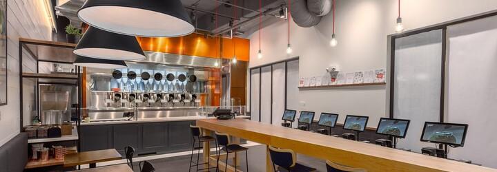 V Bostone otvorili reštauráciu, kde ti jedlo pripraví robot. Menu zostavujú michelinskí kuchári a obed si vychutnáš za pár eur