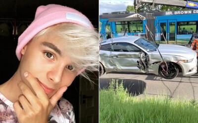 Adam Kajumi se srazil s autobusem. Doufám, že řidič MHD přijde o papíry, říká influencer