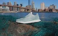 Adidas poukazuje na znečisťovanie oceánov zaujímavým konceptom topánky z väčšej časti vyrobenej z vylovených materiálov