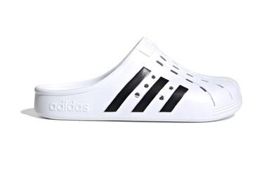 Adidas prichádza na trh s novými šľapkami. Známe Crocsy majú konkurenciu