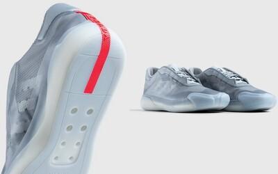 Adidas x Prada představují tenisky inspirované plachtěním. Voda z nich jednoduše vyteče