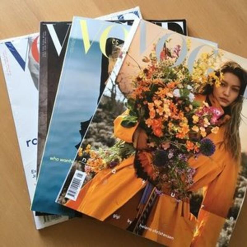 Patří pevné časopisy do zvonu na papír?