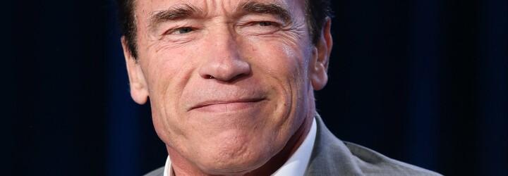 Arnold Schwarzenegger jako nekompromisní šéf firmy v upoutávce k slavné americké televizní show