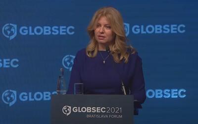 VIDEO: Prezidentka v príhovore v angličtine vyzdvihla dôležitosť očkovania. Vypočuj si, ako sa jej zlepšila výslovnosť.