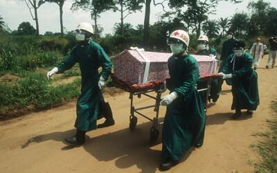 Africká krajina vyhlasuje epidémiu eboly. Novým ohniskom nákazy bol pohreb zdravotnej sestry